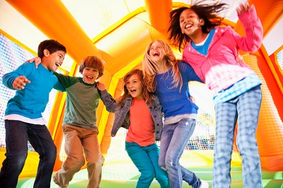 Bounce house rental for kids birthday party in Madison Wisconsin