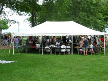 Graduation party tent rental Wauwatosa
