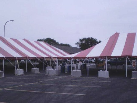 Frame tent on parking lot & Pole Tent vs. Frame Tent | Madison u2013 Brookfield u2013 Wisconsin Party ...