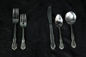 Salad fork, dinner fork, knife, teaspoon, soup spoon