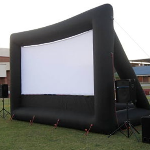 Inflatable movie screen for outdoor use
