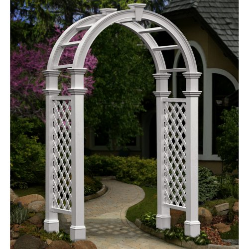 Rent a classic wedding arch for your wedding.