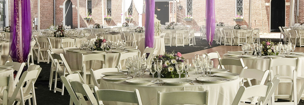 Table setings for Weddings, Anniversarys, Events of every size and for every age
